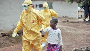 Tres de cada 10 contagiados por el ébola son niños