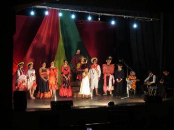Coral Municipal homenajea a Bolivia