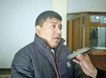 Alcalde de Villa Abecia considera licencia en lugar de renuncia
