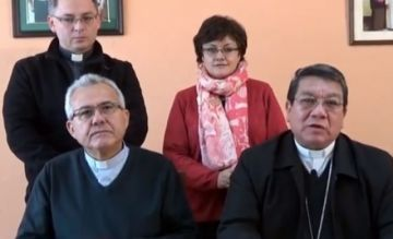 Iglesia Católica presenta portal y línea gratuita para denunciar abuso sexual