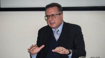 Exgerenta de PAT se querella contra la directora de la UIF por violar secreto bancario