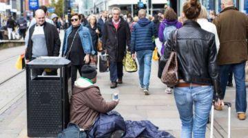 Una ciudad sueca exige licencia para mendigar