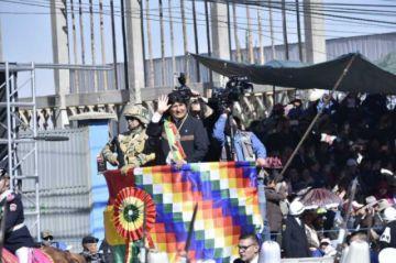 """Evo: Los opositores quieren unas Fuerzas Armadas """"sumisas"""""""