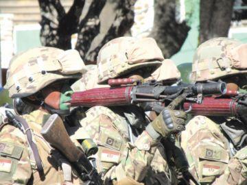 Evo advierte que pretenden suprimir el servicio militar