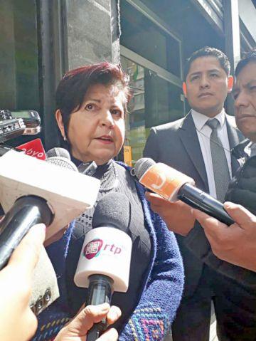 Fiscalía admite denuncia contra directora de UIF