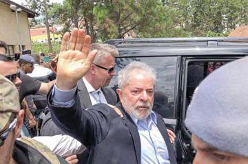 Lula consigue frenar traslado a otra prisión