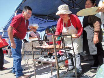 Adultos mayores  sorprenden con  platos de antaño