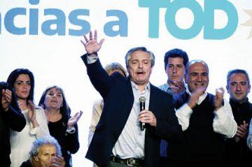 Fernández supera a Macri en elecciones primarias