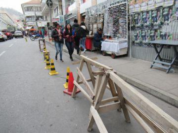 Ocupación ilegal de espacios deja sin estacionamiento a pobladores