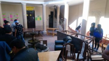 Pugnas de la FUL dejan destrozos en la Casa del Estudiante
