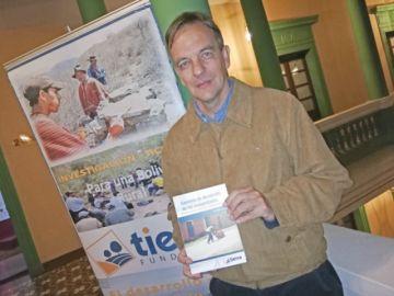 Libro recoge cambios en las comunidades