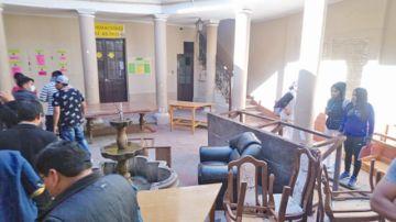 Pelea interna de la FUL provoca daños en edificio