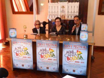 """""""Aquí Canta Bolivia"""" abre escenario a los artistas"""