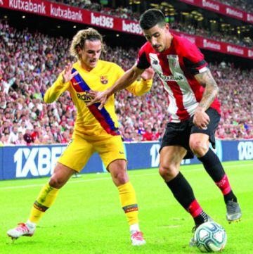 El Barça inicia su defensa del título con una derrota