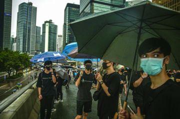 Calma en manifestación de Hong Kong