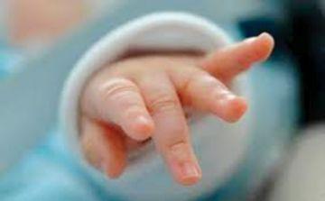 Se arrepiente la madre que abandonó a su bebé