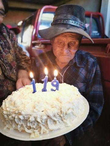 El hombre más longevo  en Sucre cumple 119 años