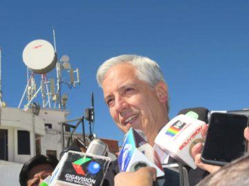 Paro: García Linera pide  a los médicos recapacitar