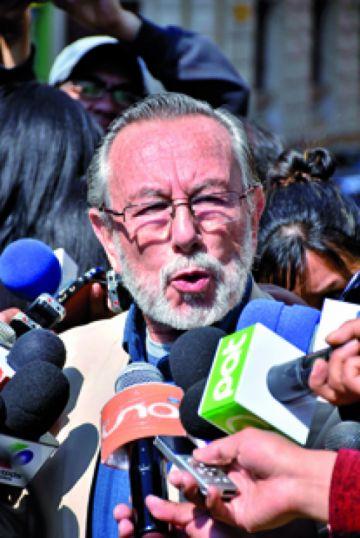 Del Granado advierte  costo político para Evo