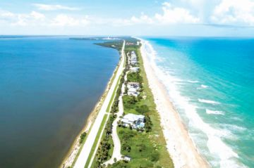 Violento huracán Dorian podría no llegar a Florida