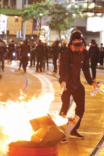 Las protestas vuelven  a calles de Hong Kong