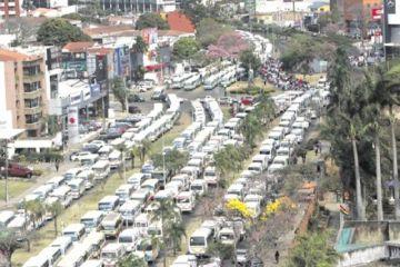 Santa Cruz: Los transportistas inician protestas