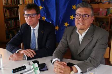 Expertos de la Unión Europea ayudan en combate contra el fuego
