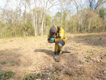 Indígenas paceños presionan para retomar los chaqueos