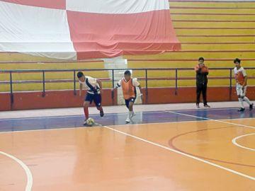 "Chuquisaca avanza a ""semis"" del nacional de futsal sub 14"