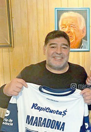 Maradona DT de Gimnasia