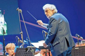Nuevas denuncias vuelven a señalar a Plácido Domingo