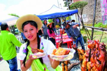 Mercados verdes y asadores en feria