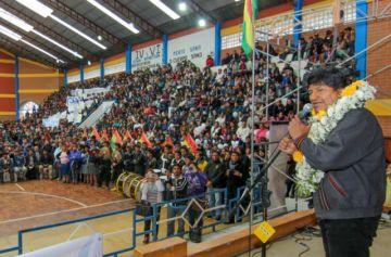 Evo garantiza presupuesto para tres proyectos en Sucre