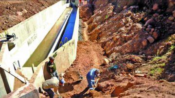 Encaminan proyecto de agua y ratifican  fecha para licitación