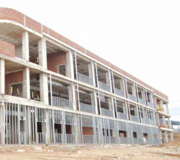 Obra: Hospital de tercer  nivel tiene 50% de avance