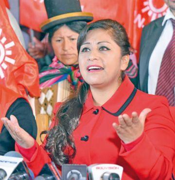 Ruth Nina piensa anular  las elecciones judiciales