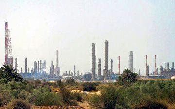 El precio del petróleo sube más de un 15% tras ataque