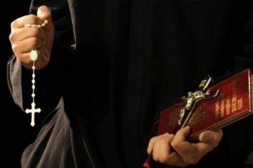 ¿Hay sacerdotes exorcistas en el país?