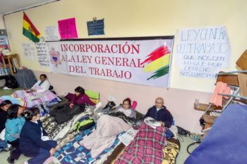Médicos instalan segundo piquete de huelga en La Paz