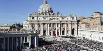 Fiscalía vaticana pide procesar a dos curas por abuso sexual y encubrimiento