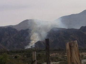 Reportan incendio en comunidad de Tarija