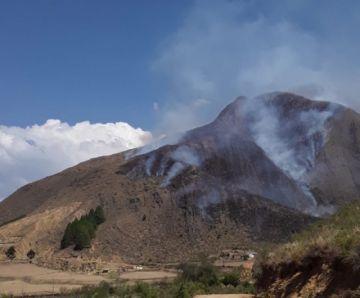 Reportan incendio forestal en una comunidad de Zudáñez