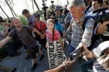 Huelga global pide políticas en contra del cambio climático