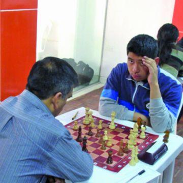 Tres ajedrecistas llegan igualados a la última ronda