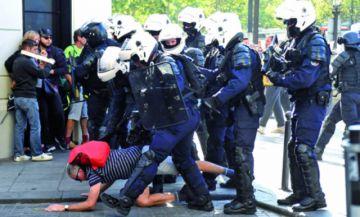 Decenas de detenidos en marcha violenta: Francia