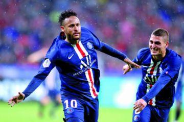 Neymar le da el triunfo al PSG sobre el final