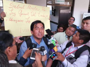 Médicos instalan primer piquete de huelga de hambre en Sucre