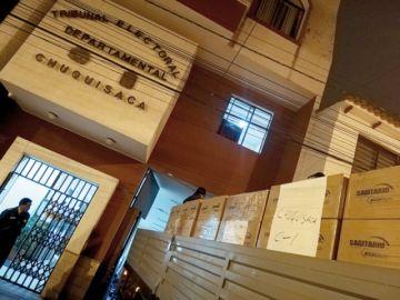 Llegan las papeletas para votación en Chuquisaca