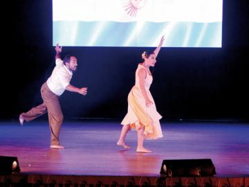 La danza se despide del FIC con artistas de cuatro países