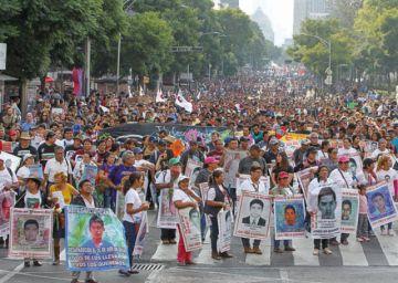 Estudiantes de Ayotzinapa: Familiares exigen justicia